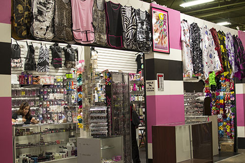 Fancy beauty supply picapica plaza for Salon equipment and supplies